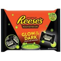 REESE'S PEANUT BUTTER CUPS GLOW IN THE DARK BAG SNACK SIZE
