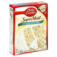 BETTY CROCKER SUPER MOIST PARTY RAINBOW CHIP CAKE MIX
