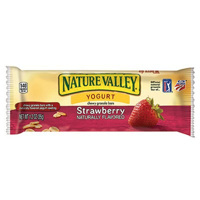 NATURE VALLEY CHEWY GRANOLA BAR - YOGURT STRAWBERRY